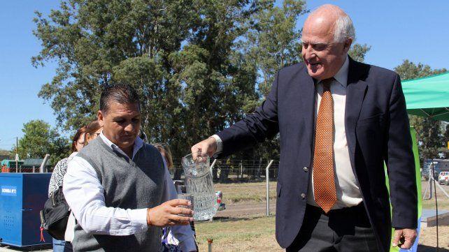 Más de 11 mil beneficiados: Sauce Viejo y Desvío Arijón ya reciben agua del acueducto