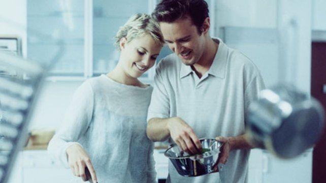 Las personas que están en pareja tienen más kilos extras