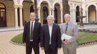 En Casa Rosada. El 13 de marzo Lifschitz, junto a Saglione y Saccone, recibió la primera oferta formal de Nación para el pago de la deuda.
