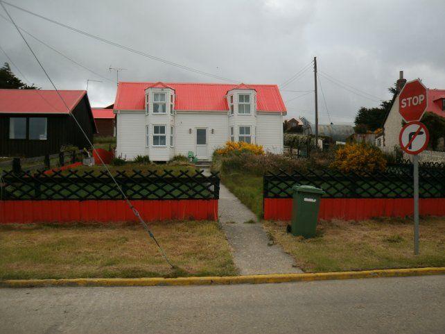 ¿Quiénes habitan hoy las Islas Malvinas? ¿Hay argentinos?