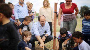 El Municipio planta unos 1.100 árboles por mes dentro del marco del plan de Forestación