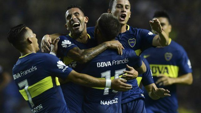 Boca busca su primer triunfo ante Junior de Teo Gutiérrez
