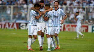 Atlético Tucumán quiere dar el golpe en el Centenario de Montevideo