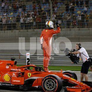 vettel se quedo con la pole para el gp de bahrein