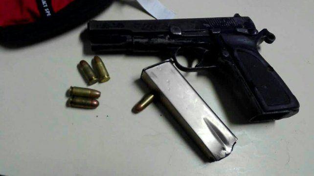 Secuestro de arma de guerra en el barrio Barranquitas