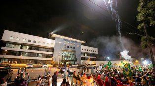 Con un Brasil conmocionado, Lula pasó su primera noche en prisión