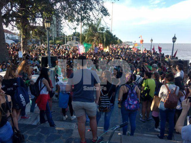 Pañuelazo en la Costanera por la despenalización del aborto