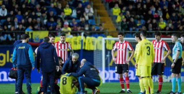 Un jugador de Villareal se desplomó en pleno partido