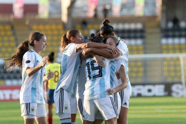 Argentina goleó a Ecuador en la Copa América femenina
