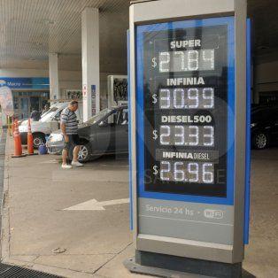 Nuevos precios de las naftas en las estaciones YPF desde abril de 2018