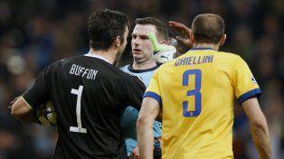 Buffon, durísimo con el juez: Eres un animal