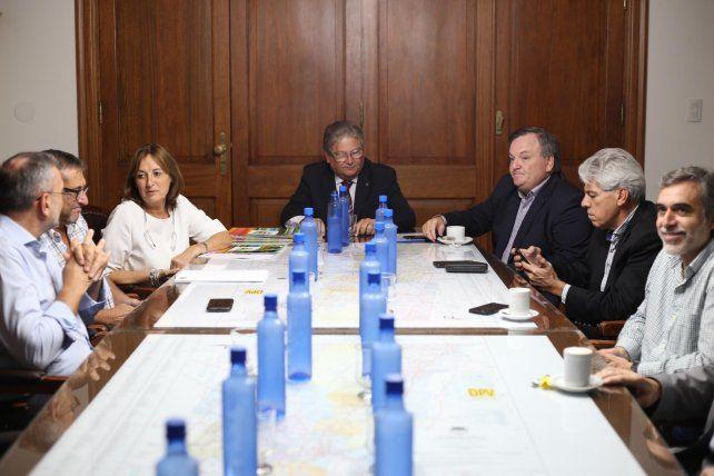 Fascendini se reunió con senadores, la ministra de Producción y el secretario de Lechería