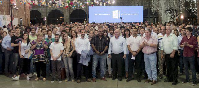 Reforma Constitucional: Lifschitz presentó el anteproyecto a autoridades locales de toda la provincia