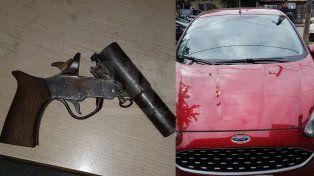 Detuvieron a tres hombres armados que escapaban en un auto robado