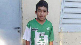 Dolor. Facundo, con la camiseta de Unión de Sunchales, tenía 12 años cuando lo asesinaron. Gentileza: Cedoc
