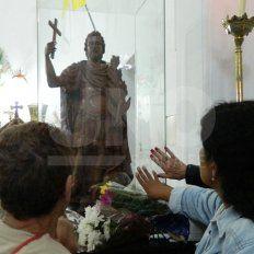 Los fieles santafesinos celebran al Santo de las Causas Urgentes: San Expedito
