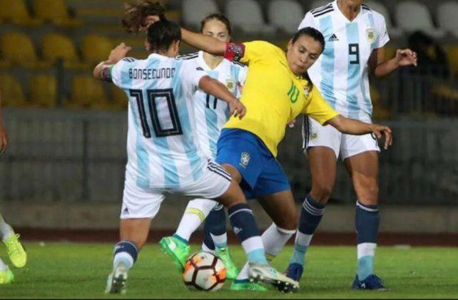 Las chicas se topan otra vez con Brasil en la Copa América