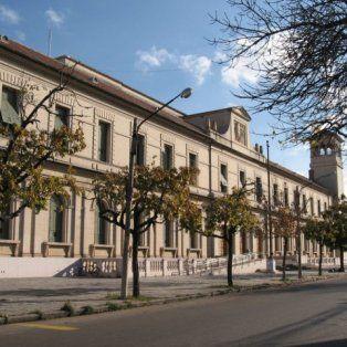 la facultad de derecho se opone a los postulantes para integrar el tribunal de cuentas