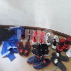 La indumentaria deportiva incautada después del robo