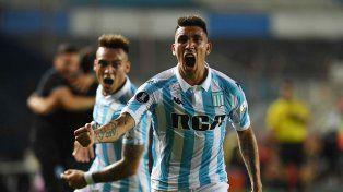 Racing goleó y está en lo más alto de su grupo en la Libertadores