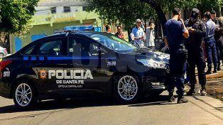 Cayeron dos tiratiros con un escopeta cargada en el barrio Varadero Sarsotti