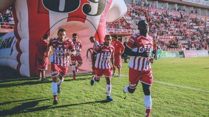 Las dos grandes dudas de Madelón para jugar en Tucumán