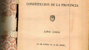Hace 56 años. La última reforma constitucional en Santa Fe data de 1962.