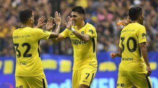 Boca le ganó a Newells y acaricia el título de la mano de Pavón