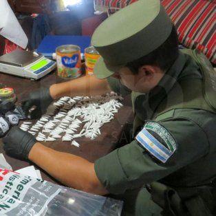 Cayó El Sabalero y su mujer, narcovendedores de barrio Los Troncos