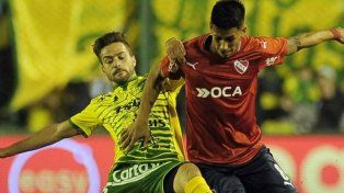 Independiente y Defensa se enfrentan con el foco en las copas