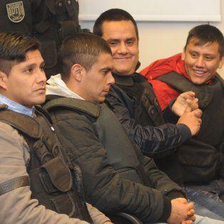 Los Cronos. El 14 de junio de 2016, el tribunal integrado por los jueces Alejandro Tizón, Néstor Troncoso y Sergio Carraro, condenó a varios integrantes de la banda.