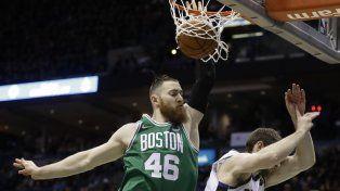 Milwaukee y Boston definirán la serie en un séptimo partido