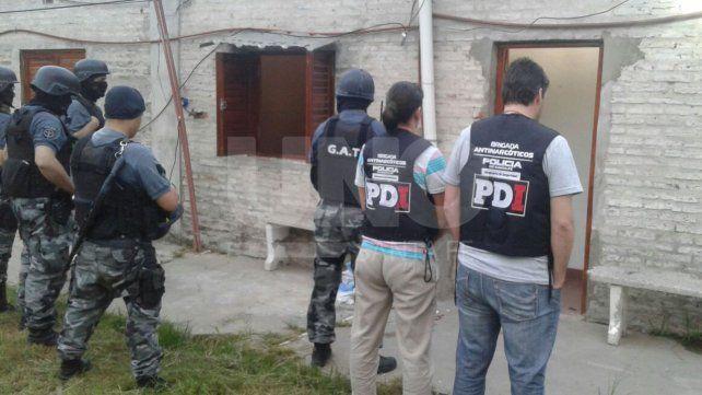 Allanamientos en barrios de Santa Fe: 11 arrestados y secuestro de armas y droga