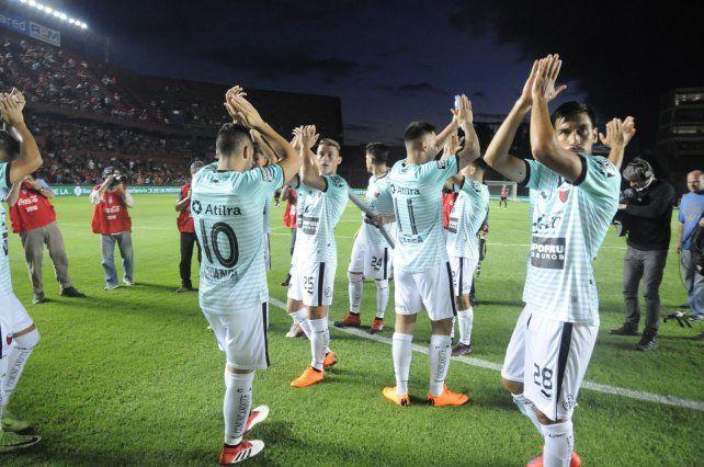 Colón se instaló en Córdoba sin equipo confirmado