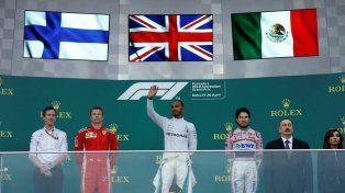 Hamilton consiguió el primer triunfo del año en Bakú