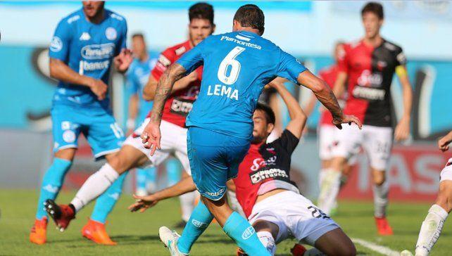 Colón cayó ante Belgrano y salió de la zona de clasificación a la Sudamericana