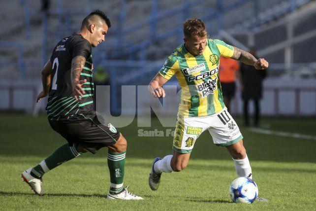 Aldosivi venció a Estudiantes (SL) y jugará un desempate con Almagro