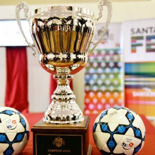 presentan la copa santa fe de futbol