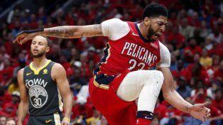 Golden State tropezó con New Orleans pero sigue arriba en las semifinales de la NBA