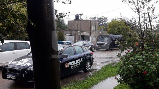Un hombre se atrincheró con sus hijos en el barrio Las Delicias