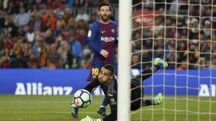 Barcelona, con un gol de Messi, apabulló al Villarreal