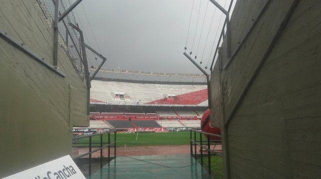 Se suspendió el partido entre River y Estudiantes