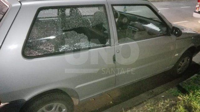 Persiguieron y atraparon a un delincuente que robó un bolso de un auto