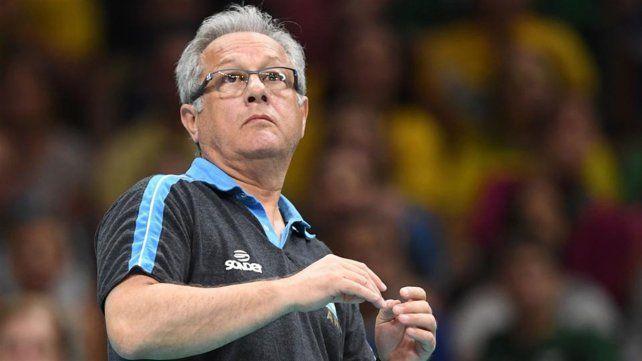 Velasco anunció que dejará de ser el DT de la Selección de Vóley