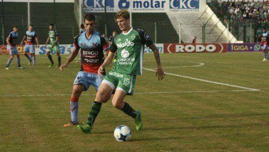 Sarmiento y Brown (A) quedaron a mano en Junín