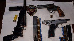 Cruento enfrentamiento a tiros terminó con presos y armas incautadas
