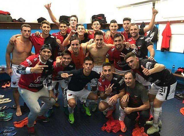 Los jugadores con presente y pasado en Colón exteriorizaron su alegría en las redes sociales