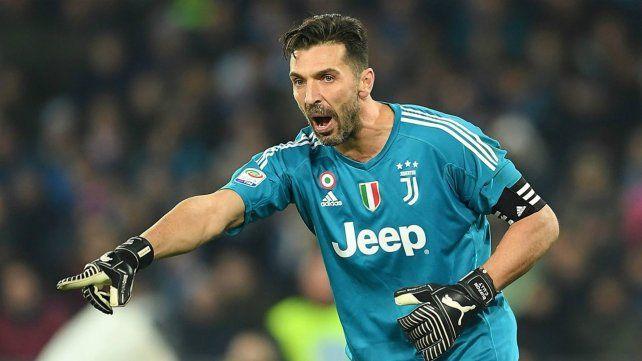 Buffon anunció su salida de Juventus y confirmó varias ofertas