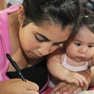 oficializaron el aumento para jubilados y beneficiarios de la asignacion universal por hijo