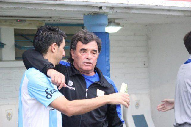 Víctor Bottaniz seguiría como técnico de Atlético de Rafaela